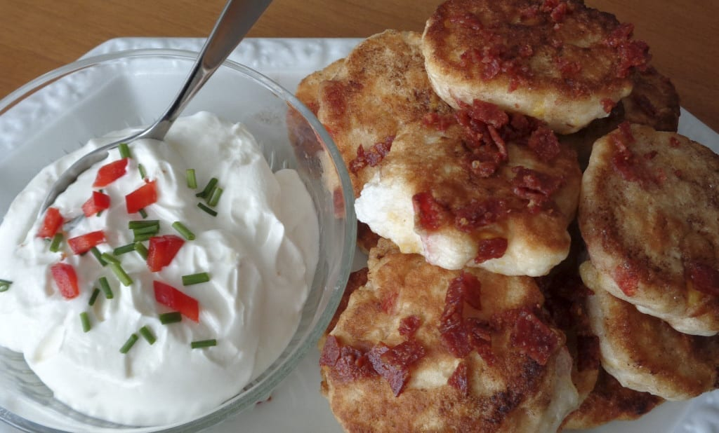 Fresh Corn and Red Pepper Cakes from My Kitchen Wand