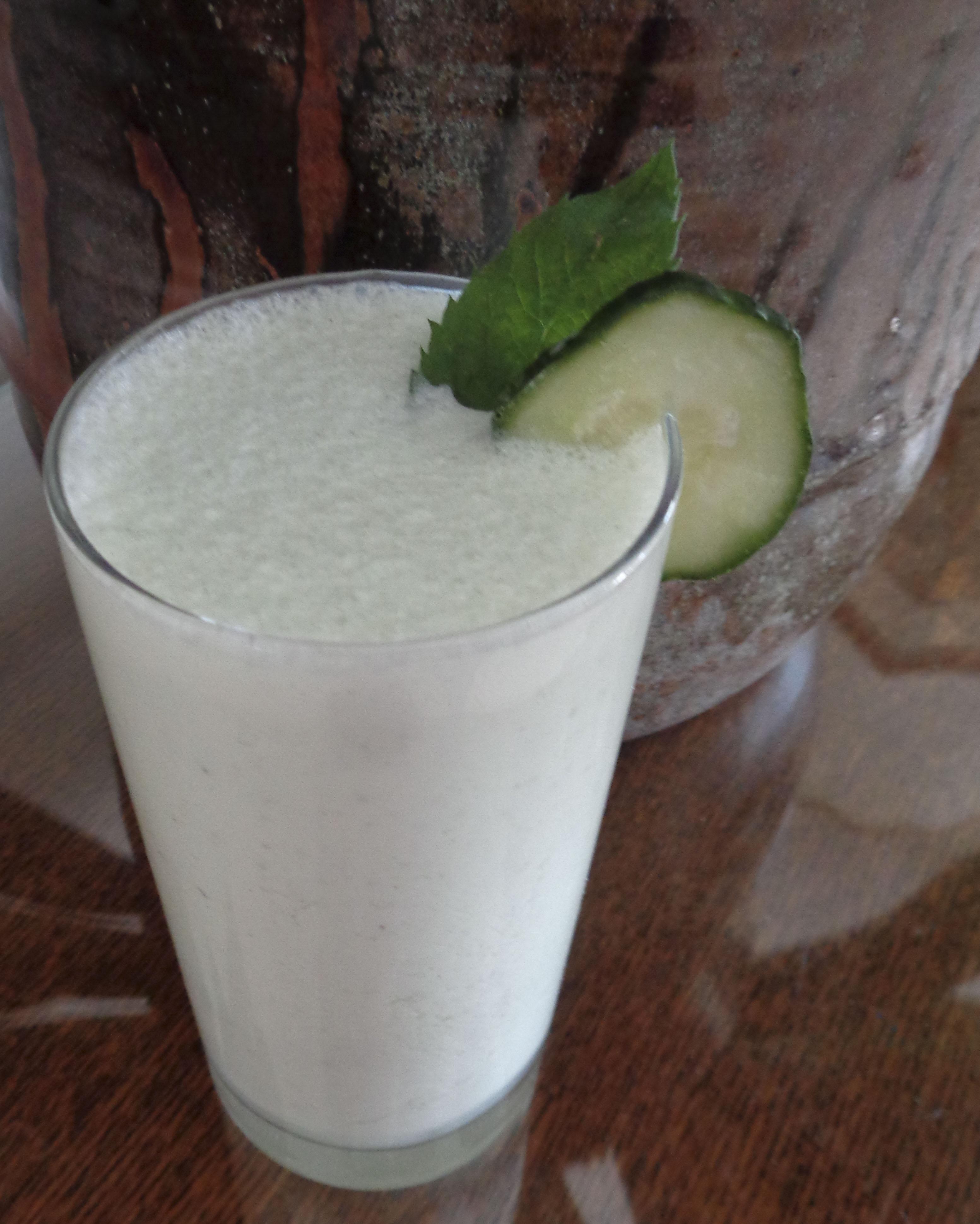 Mint cucumber doogh for Küchen wand
