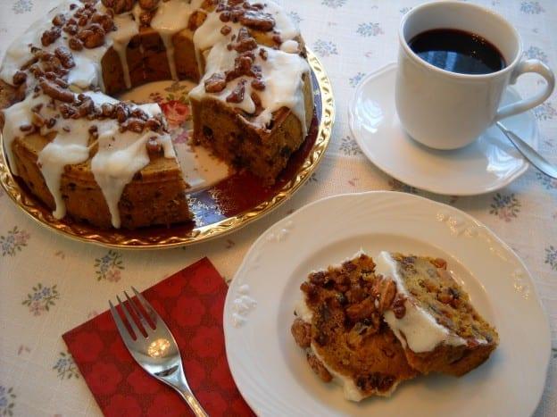 Pecan Raisin Pumpkin Cake