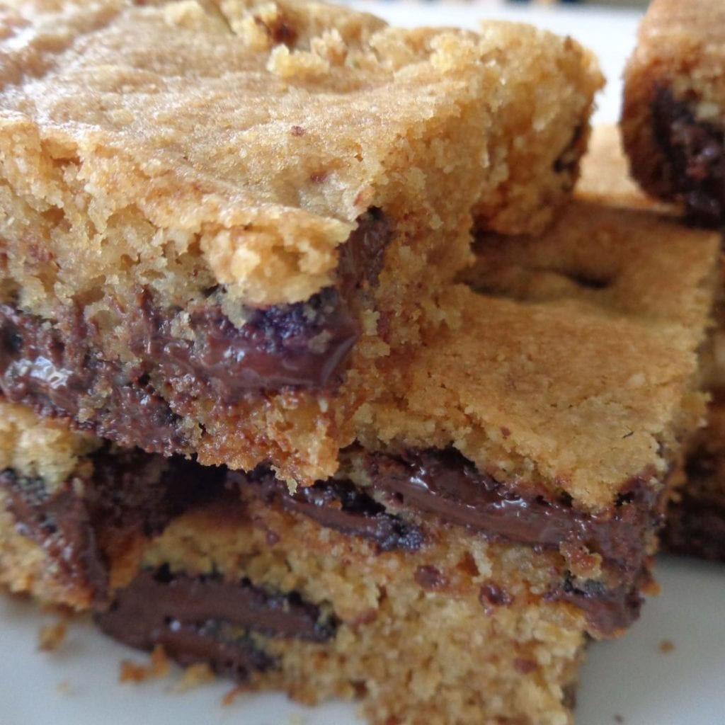 Chocolate Chip Almond Squares from My Kitchen Wand