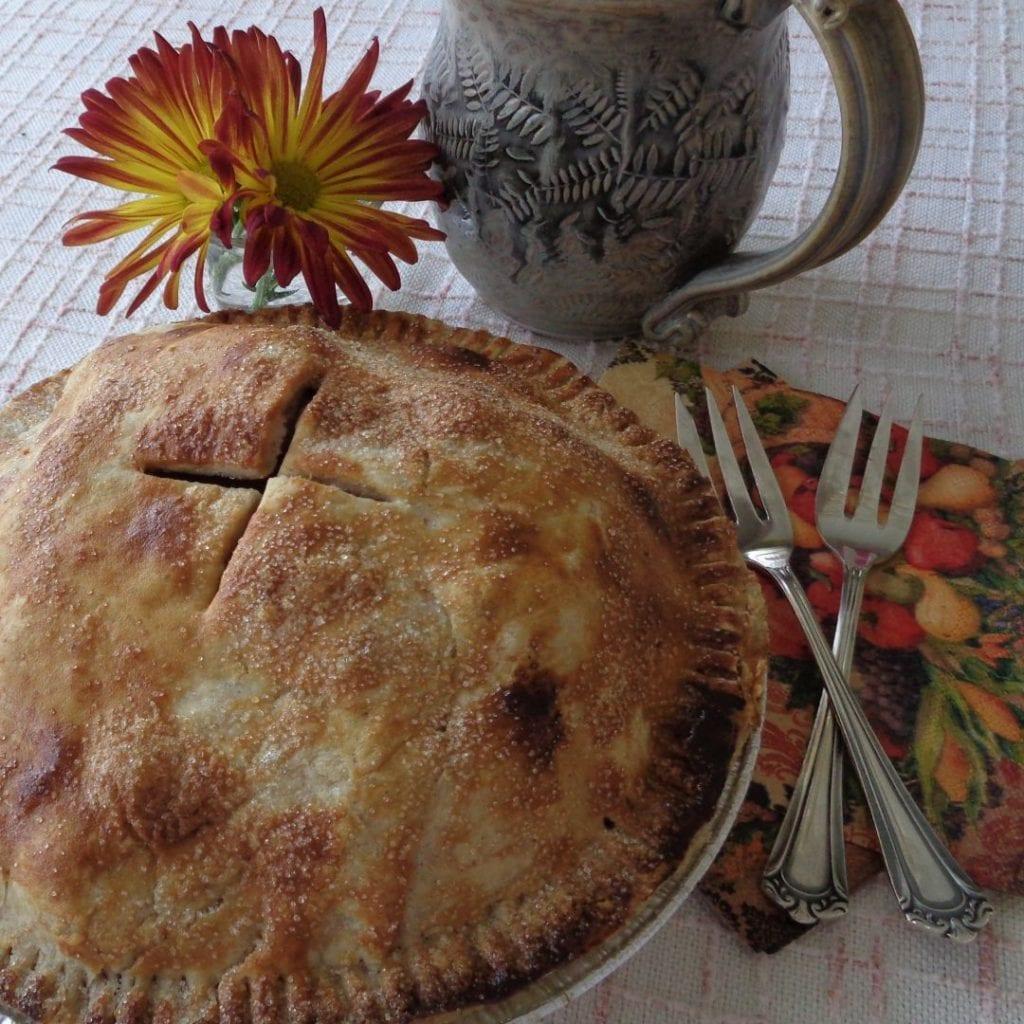 Honeycrisp Apple Pie from My Kitchen Wand