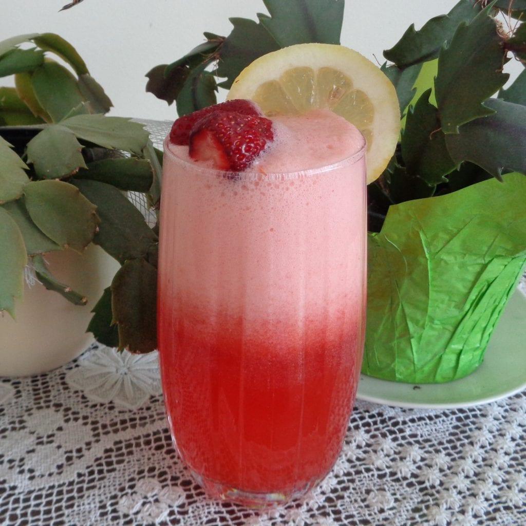 Strawberry/Raspberry Lemonade from My Kitchen Wand