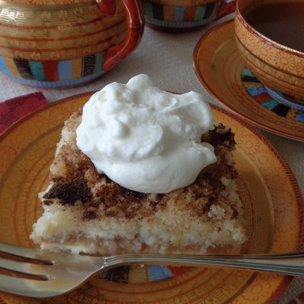 Applesauce Crumble Cake from My Kitchen Wand